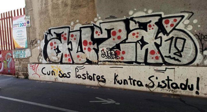 Pintada na Universidade de Sassari (Cerdeña).
